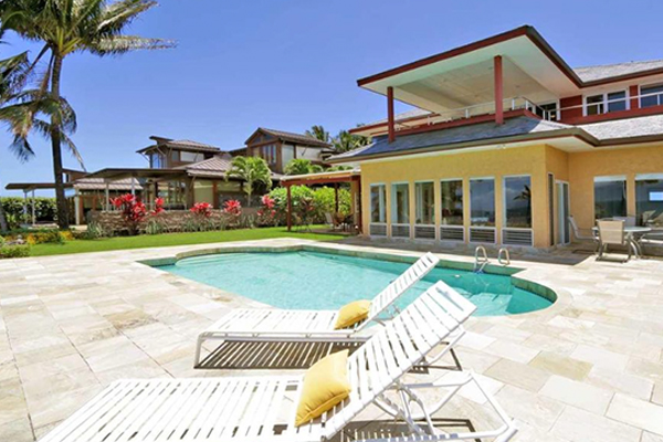 81 Aleiki Place, Oceanfront in Kuau