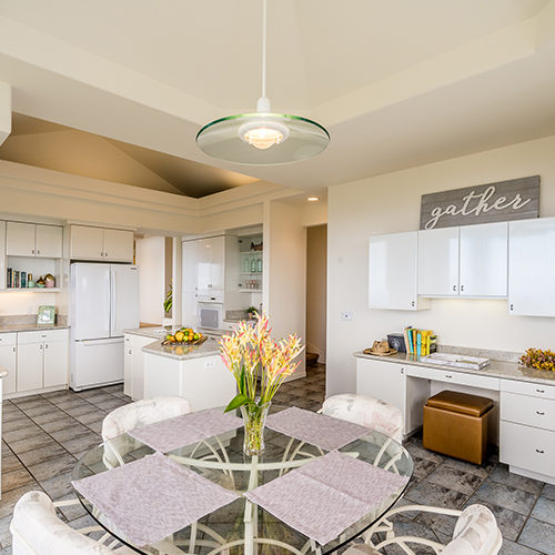 4390 Une_kitchen_1